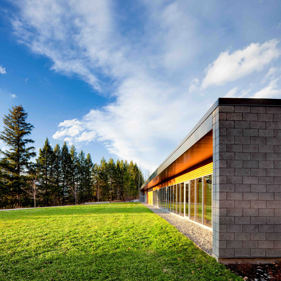 office of mcfarlane biggar architects + designers, awards