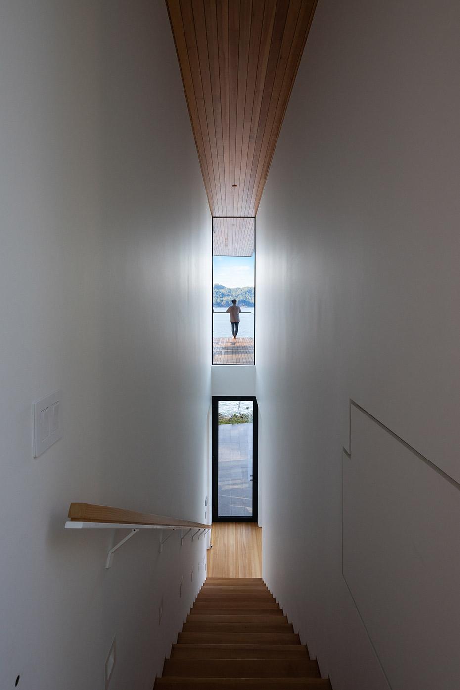 office of mcfarlane biggar architects + designers, Bowen Island, British Columbia, Canada, Bowen Island House
